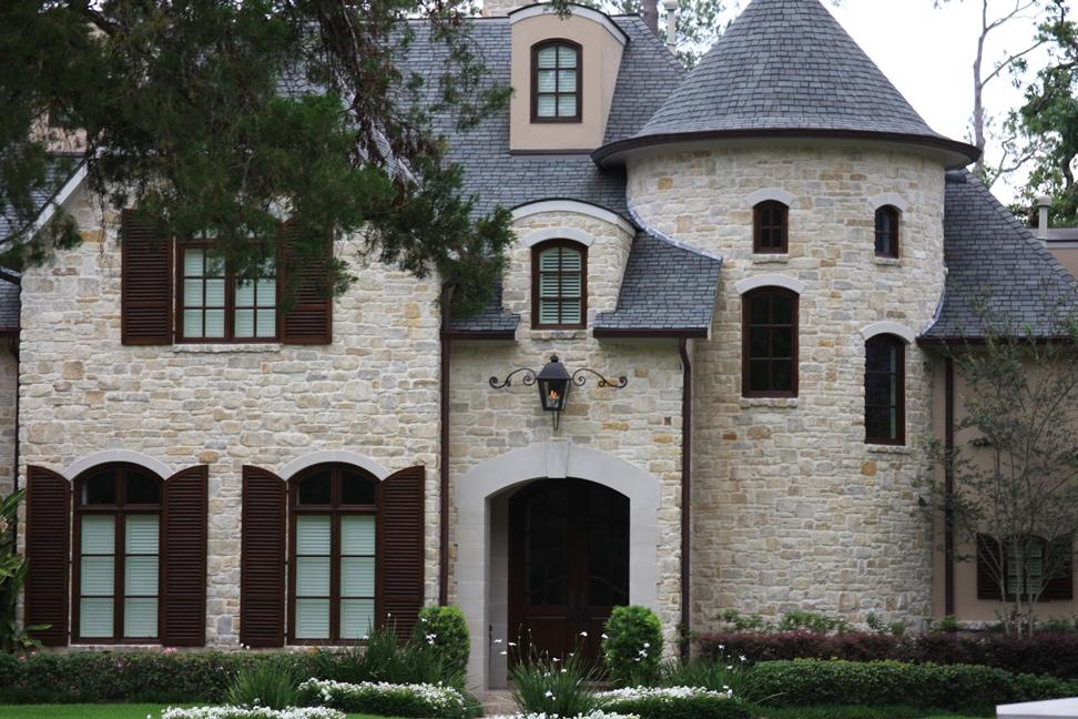 Natural Stone Windsor Gray Tumbled South Alabama Brick