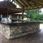 Tremron Stonegate Oak Run outdoor kitchen