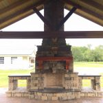 Tremron Stonegate Oak Run outdoor fireplace